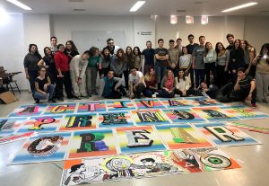 """Estudiantes de Multimedia en el taller """"Typokumbia"""" de Santi Spiga"""