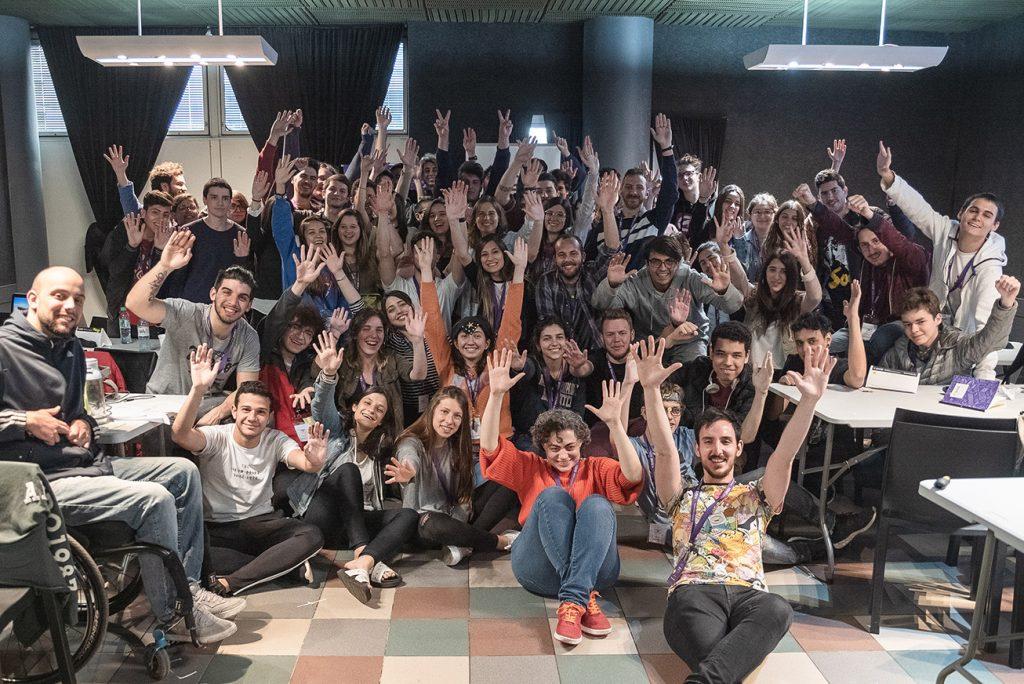 Estudiantes de la Universidad Maimónides y los colegios secundarios compitieron en la primera edición de Maimo Lab - UX challenge.